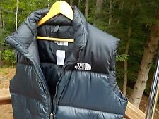 The North Face Men's L Black Hooded Nylon Goose Down 700 Puffer Vest Barely Worn