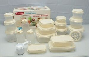 1990 Rubbermaid 41-Piece Food Storage Set Microwave Preheatable Refrigerator Set