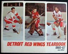 1966-67 DETROIT RED WINGS YEARBOOK - GORDIE HOWE * CROZIER * ALEX DELVECCHIO