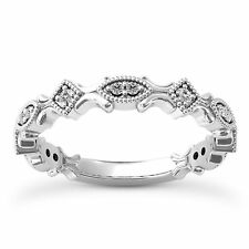 14 KT WHITE GOLD STACKABLE RING WITH 0.14 CARAT DIAMONDS