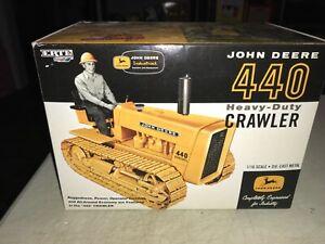 Ertl John Deere 440 heavy-duty crawler NIB