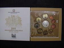 ITALIA 2011 SET COMPLETO ORIGINALE UFFICIALE FDC 8 MONETE + € 5 EURO AG UNITA'