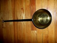 VINTAGE  BRASS  FIREPLACE PAN COOKING TOOL WITH BLACK IRON HANDLE - CLEAN