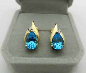 Pear Shaped Bright Blue Topaz and Diamond Solid 14k Gold Stud Earrings 4 gr