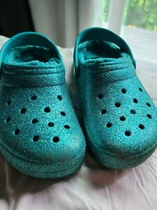 Crocs blue sparkle lined girls size J3