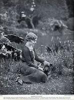 LADY VANSITTART AND HER ENGLISH BULLDOG ORIGINAL DOG PRINT PAGE FROM 1934