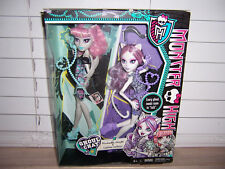 NIB Monster High GHOUL CHAT Dolls ROCHELLE Goyle CATRINE DeMew Kmart Exclusive