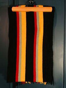jw anderson uniqlo college scarf
