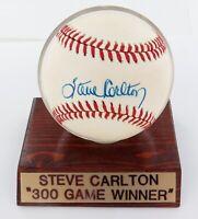 .STEVE CARLTON, HOF HAND SIGNED AUTOGRAPHED RAWLINGS RO-N BASEBALL. 100% GENUINE