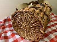 Picnic Time 20 Piece Barrel Picnic Basket Vintage Hunter Green For Four People
