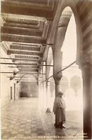 ND, Tunisie, Kairouan, Galeries de la Mosquée des Barbiers  Vintage albumen prin