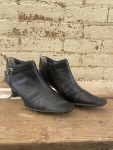 PEERAGE Willow women extra wide width black leather dress boots SIZE AU 9