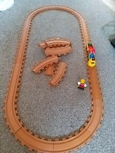 TOY STATE TOY TRAIN SET CAT 20 TRACK PICES SPARE TRACK