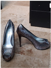 GUESS Silver Sparkly Peep-Toe High Heel Pump Shoes Size 8
