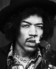 Jimi Hendrix Unsigned photograph - L2887 - In 1968 - New Image!