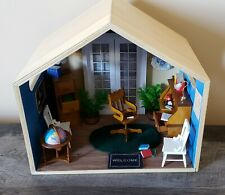1:12 Miniature Hanging Room Box Office Desk