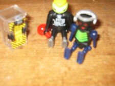 PLAYMOBIL ZOMBIE ROBOTS PLAY FIGURE SIT STAND ELECTRIC CHARGE UP BOX MAGIC POTIO