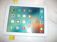 Apple iPad 3rd Gen. 32GB, Wi-Fi + Cellular (Unlocked), 9.7in - White