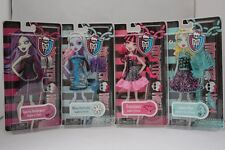 MONSTER HIGH 2012 SET 4 FASHION OUTFIT ABBEY SPECTRA LAGOONA DRACULAURA NEW