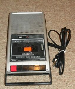 Nice Sanyo Cassette Player Recorder Take a LOOK ! Works !!!!!