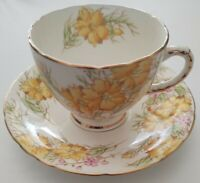 Royal Sutherland Bone China Cup & Saucer 2517 Made England Yellow Rose Gold Trim