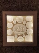 15 Grand Tour Intaglios Cameos Display Cabinet Box Frame Medallions Tassie Light
