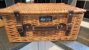 Regency Hampers Wicker Basket