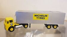 CORGI LEYLAND BEAVER BOX TRAILER SET MICHELIN TYRES 1:50 SCALE 24701