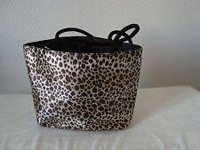 Petit sac léopard paquetage