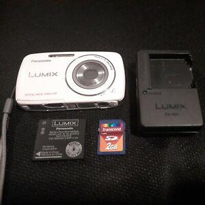 Panasonic LUMIX DMC-S3 Digital Camera plus 2gm memory card, battery, and charger