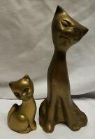 Set of 2 Vintage Brass Cat Statue/Figurines. Momma cat and kitten. EUC