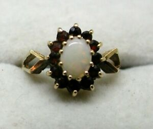 1970' Vintage Lovely 9 carat Gold Opal And Garnet Cluster Ring Size K.1/2