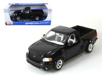 Ford F-150 SVT Lightning Black Pickup Truck 1:21 Diecast Model by Maisto 31141bk