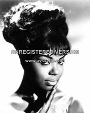 """Mary Wells 10"""" x 8"""" Photograph no 6"""