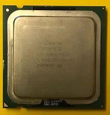 Intel Pentium D 830 2x 3,0 GHz Sockel 775 CPU 3,0/2M/800