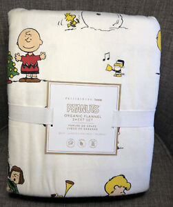 Pottery Barn Teen Peanuts Gang Holiday Flannel Queen Sheet Set Christmas Snoopy