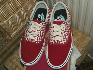 Vans Off The Wall Red and White check patterned Trainers Size UK 8.5, BNWT