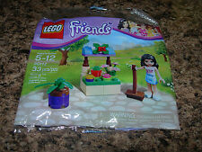 SEALED LEGO Friends EMMA's FLOWER STAND POLYBAG 30112 broom 33 pcs NEW 2014