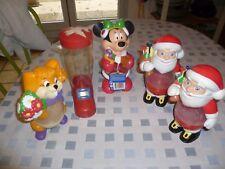 5 anciens sujets de Noël : Kinder / Smarties Minnie; écureuil; Père Noël; Botte