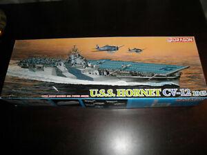 1/700 USS HORNET CV-12 US Navy Aircraft Carrier 1945 by Dragon  O