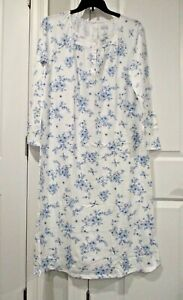 Croft and Barrow ballerina extra soft long sleeved nightgown size Medium
