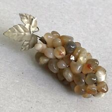 VTG BUNCH OF STONES GRAPES Beige Polished Stone Cluster of Grapes Bar Ornament