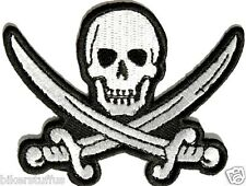 PIRATE SWORD SKULL PATCH WHITE