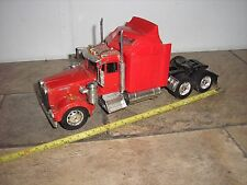New-Ray Kenworth 1/32 scale Conventional Semi Tractor Red for parts or restore