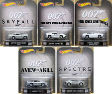 James Bond Set (5 Modellautos) 007 in 1:64 Hot Wheels Retro Entertainment