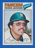 1977 Topps #10 Reggie Jackson New York Yankees HOF NM+