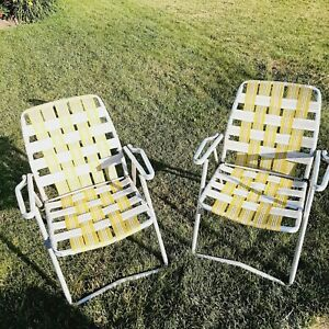 Set of 2 Vtg Matching Aluminum Lawn Chairs Outdoor Folding Chairs Webbed yellow