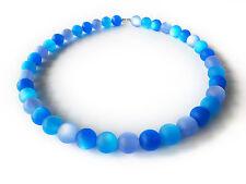"A Sign ""Blue Night* Frozen-Harz Perlen Kette/Halskette Blau-Töne Magnetschließe"