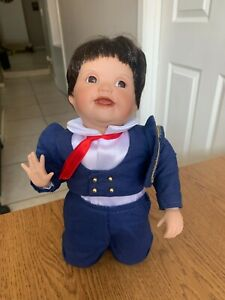 Vintage 1993 Ashton Drake Spanish Doll By Yolanda Bello 7643FB Boy 11""