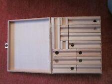 Holzkugelbahn  ähnlich Cuboro  47 Teile + 6 Murmeln in Holzkasten wie neu
